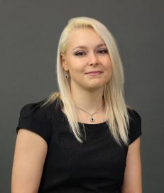 dr Kamila Majewska